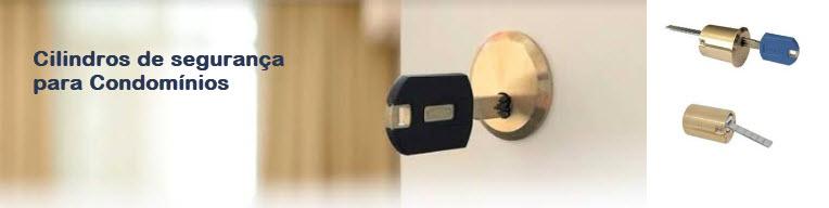 Cilindros com chaves protegidas para condomínios
