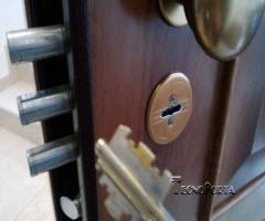 Serviços ao domicilio 24 horas e todos os modelos de portas blindadas