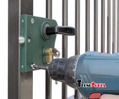 serviço de montagem de fechaduras em portas de ferro