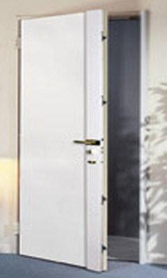 porta blindada tesa modelo premium com acabamento em branco