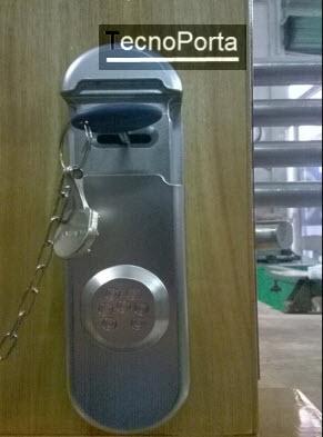 escudete de maxima segurança para fechaduras de 2 palhetoes mottura