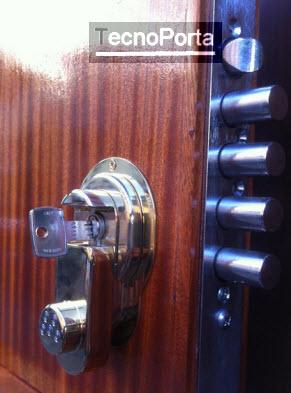 Escudete de máxima segurança para fechaduras de canhão europeu