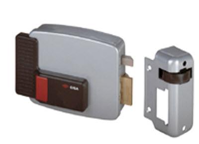 Fechadura Cisa eléctrica, modelo com botão e chave pelo exterior