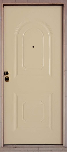 Painel em alumínio lacado em branco com medidas standard 900x2100 mm tendo 2 almofadas embutidas sendo a superior em forma de arco e a inferior em forma de quadrado. Modelo de painel com 7 mm de espessura para todas as marcas de portas Blindadas existentes no mercado.