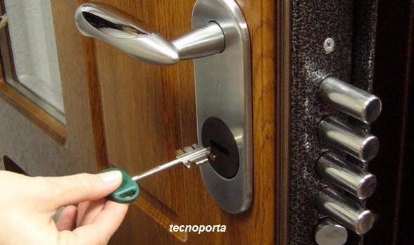 chaves de serviço